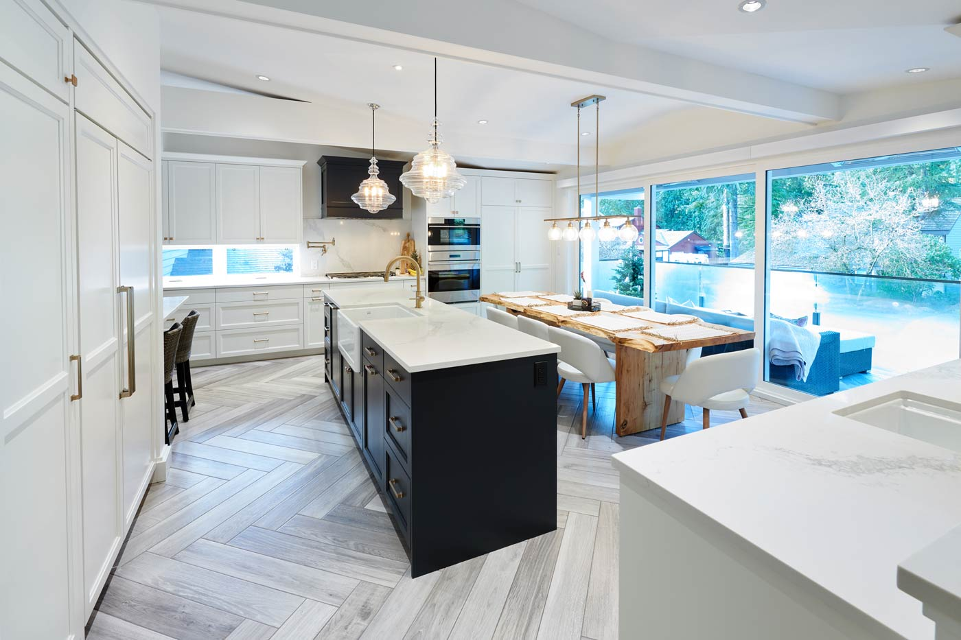 Open Large Kitchen